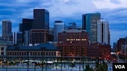 En Colorado, un 61 por ciento de los blancos y un 62 por ciento de los hispanos apoyan la ley de Arizona.
