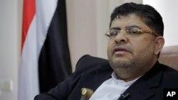 Ketua Komite Revolusi Houthi-Syiah, Mohammed Ali al-Houthi, saat diwawancarai kantor berita Associated Press di Sanaa, Yaman, 19 Maret 2019.