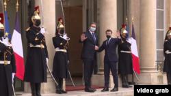 Predsednik Srbije Aleksandar Vučić i predsednik Francuske Emanuel Makron tokom susreta u Parizu, 1. februara 2021.
