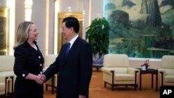 美國國務卿克林頓2012年9月5日在北京人民大會堂同中國國家主席胡錦濤舉行會談