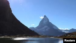 Pegunungan Matterhorn di Swiss.
