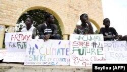 Manifestants lors de la grève pour le climat à Thiès au Sénégal le 20 septembre 2019.