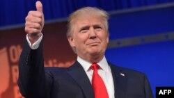 億萬富翁川普8月6日共和黨總統候選人辯論後﹐穩居共和黨陣營首位,獲得24%的支持率。