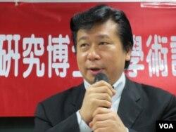 陸委會副主委 張顯耀