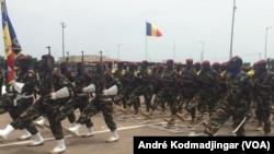Les troupes tchadiennes attendues au G5 Sahel, novembre 2019. (VOA/André Kodmadjingar).