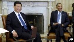 2011년 2월 바락 오바마 대통령(오른쪽)과 백악관에서 회담한 시진핑 중국 공산당 총서기.