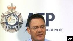 Tổng Giám đốc Cảnh sát Liên bang Australia Michael Phelan phát biểu trong cuộc họp báo tại Sydney, ngày 24/12/2014.