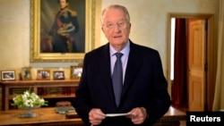 Raja Belgia Albert II menyatakan akan meletakkan tahta dalam pidato di Brussels, Rabu (3/7).