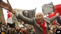 George Ishak, founder of the Kefaya (Enough) Movement and one of the leaders for National Coalition for Change, shouts anti-government slogans during a protest in front of the High Court in Cairo (File Photo - December 12, 2010)