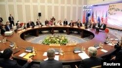 اجلاس میں شریک رکن ملکوں کے ممبران