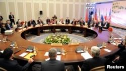 4月5 日,美國﹑俄羅斯﹑中國﹑法國﹑英國和德國代表就伊朗核項目問題準備展開會談