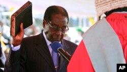 Tomada de posse de Robert Mugabe