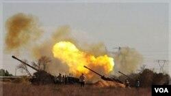Los combates continúan sobre la sitiada ciudad de Sirte en Libia.
