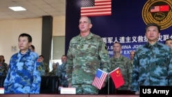美軍太平洋陸軍司令部司令布朗2016年11月15日率部隊參與美中救災聯合演練 (美國陸軍照片)