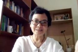 Guru Besar Fakultas Hukum Universitas Padjajaran, Prof Susi Dwi Harijanti. (Foto: VOA/Nurhadi)