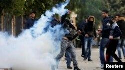 Sukobi palestinskih demonstranata i izraelske vojske u Vitlejemu