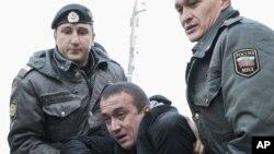 Покончивший с собой Александр Долматов