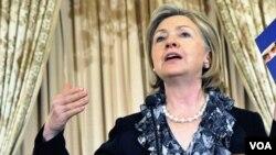 La secretaria de Estado, Hillary Clinton, conmemoró el día Mundial de los Refugiados, con una conferencia desde Washington.