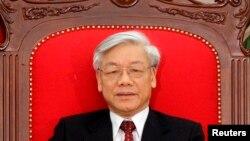 Tổng bí thư Đảng Cộng sản Việt Nam Nguyễn Phú Trọng nói đã xuất hiện những ý kiến có thể bị coi là 'biểu hiện của suy thoái về nhận thức tư tưởng'trong các góp ý sửa đổi hiến pháp.
