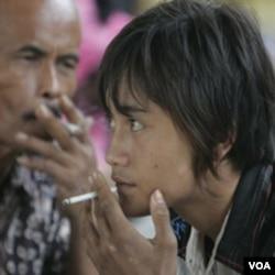 Jumlah perokok di Indonesia terbanyak ketiga di Asia dengan 150 juta jiwa, dan banyak di antaranya adalah perokok pemula yang masih berusia belia.