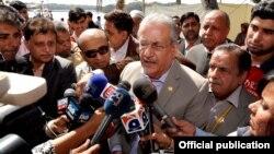 Ketua Senat atau majelis tinggi parlemen Pakistan, Raza Rabbani di Karachi, 10 Februari 2017. (Foto: dok).