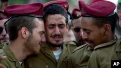 اسرائیلی فوجی اپنے چھ ساتھیوں کی ہلاکت پر غمزدہ ہیں۔