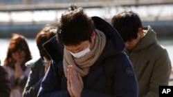 Minuto de silencio por las víctimas del terremoto y tsunami de Japón, hace cinco años.