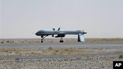 Máy bay không người lái Predator có trang bị tên lửa của Mỹ.
