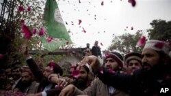 پاکستان میں شدت پسند رجحانات میں اضافہ ۔ حل کیا ہو؟