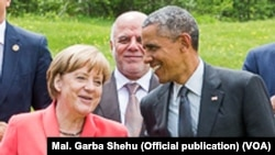 Angela Markel Shugabar Gwamnatin Jamus da Shugaban Amurka Obama a Taron G7, Munich, Yuni 8, 2015.