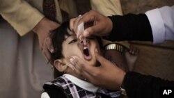 Strategi baru WHO dalam pembasmian polio adalah berupaya mencari anak-anak yang belum mendapat vaksin (foto: dok.).
