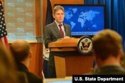 美国主管民主、人权和劳工事务的助理国务卿马利诺夫斯基(图片来源美国国务院)