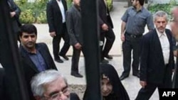 İran'da Musavi Yanlısı 7 Kişi Tutuklandı