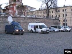 中俄官媒加强合作。停在莫斯科红场旁,官方俄罗斯电视台的转播车辆。 (美国之音白桦拍摄)