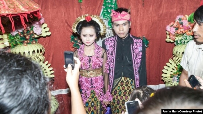 Acara perkawinan anak di Lombok, NTB. (Courtesy: Armin Hari)