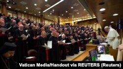 Đức Giáo hoàng Phanxicô dự hội nghị bốn ngày ứng phó với cuộc khủng hoảng xâm hại tình dục trẻ em có quy mô toàn cầu tại Vatican, ngày 23 tháng 2, 2019. (Nguồn: Vatican Media)