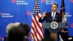 奧巴馬星期三在華盛頓向商界圓桌會議的商業大款求支持