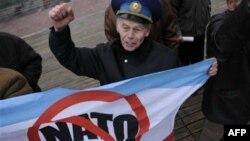 Украина и НАТО, или Кто кому нужнее