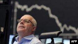 МВФ призывает Европу уладить долговой кризис