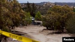 Los restos de la casa de James Lee DiMaggio incendiada, en San Diego. Se sospecha que DiMaggio ha dado dado muerte a dos personas y secuestrado a una adolescente.