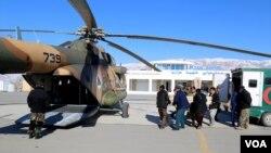 افراد مسلح ناشناس روز جمعه گذشته در ولسوالی تاله و برفک ولایت بغلان هشت معدنچی را با ضرب گلوله کشتند.