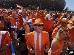 La marée orange des fans néerlandais à Johannesburg