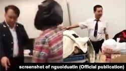 Hình ảnh về nhân viên hải quan sân bay Nội Bài trên mạng xã hội hôm 17/12