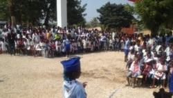 Crianças trocam escola pelo trabalho em Nampula