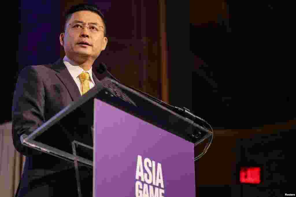 海航集团副董事长兼首席执行官谭向东在纽约发表讲话(2017年11月1日)