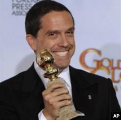 《玩具总动员三》的导演恩克里奇领取最佳动画片奖