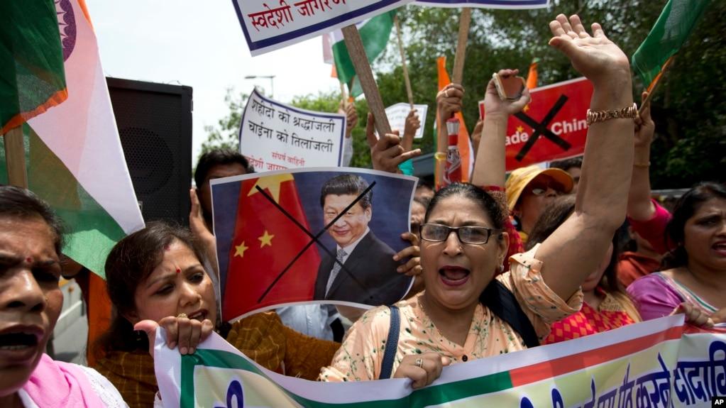 印度活动人士不满中国边境举动2017年7月4日在新德里举行抗议