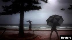 Suasana musim gugur di Pantai Manly di Sydney.