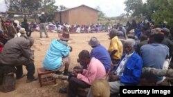 Vagari vekumaruwa muZimbabwe vari kuita misangano neHeal Zimbabwe Trust (Photo: Courtesy of Heal Zimbabwe Trust)