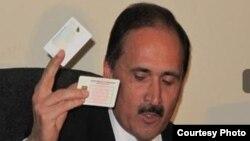 وزیر مخابرات و تکنالوژی معلوماتی افغانستان چند ماه پیش از آمادگی کامل آن اداره برای توزیع تذکره های الکترونیکی خبر داده بود